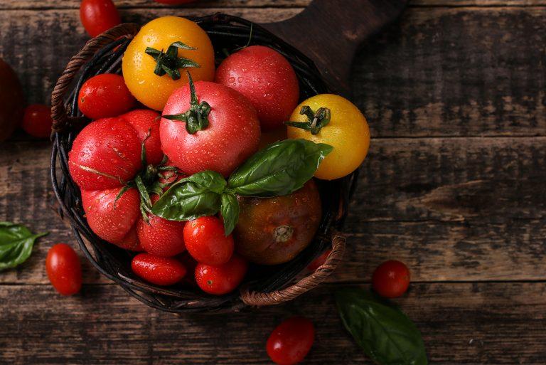 Rosia – fruct sau leguma? Argumente pro si contra