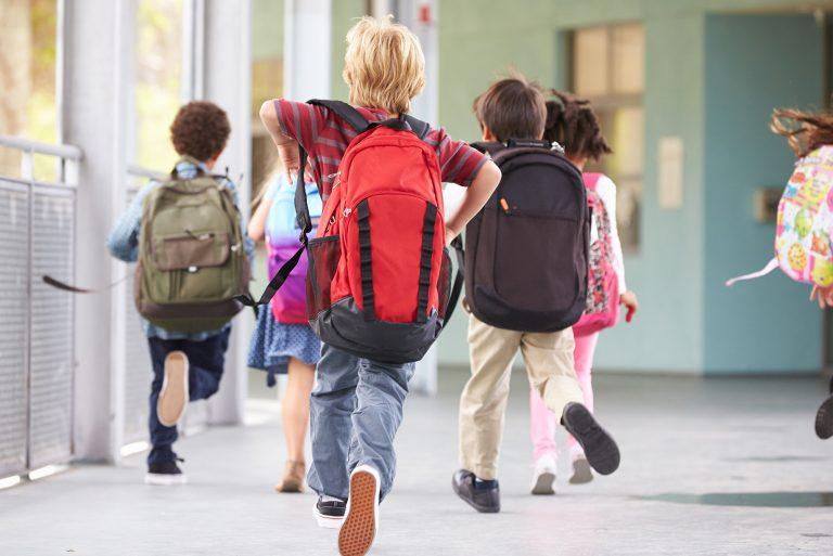 De ce este important sa corectam pozitia vicioasa a coloanei toracale la copii