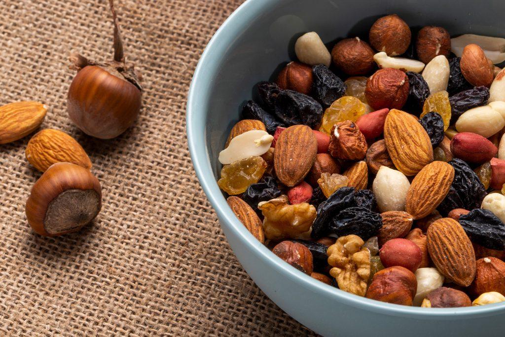 Fructele oleaginoase – se pot numi cu adevarat fructe?